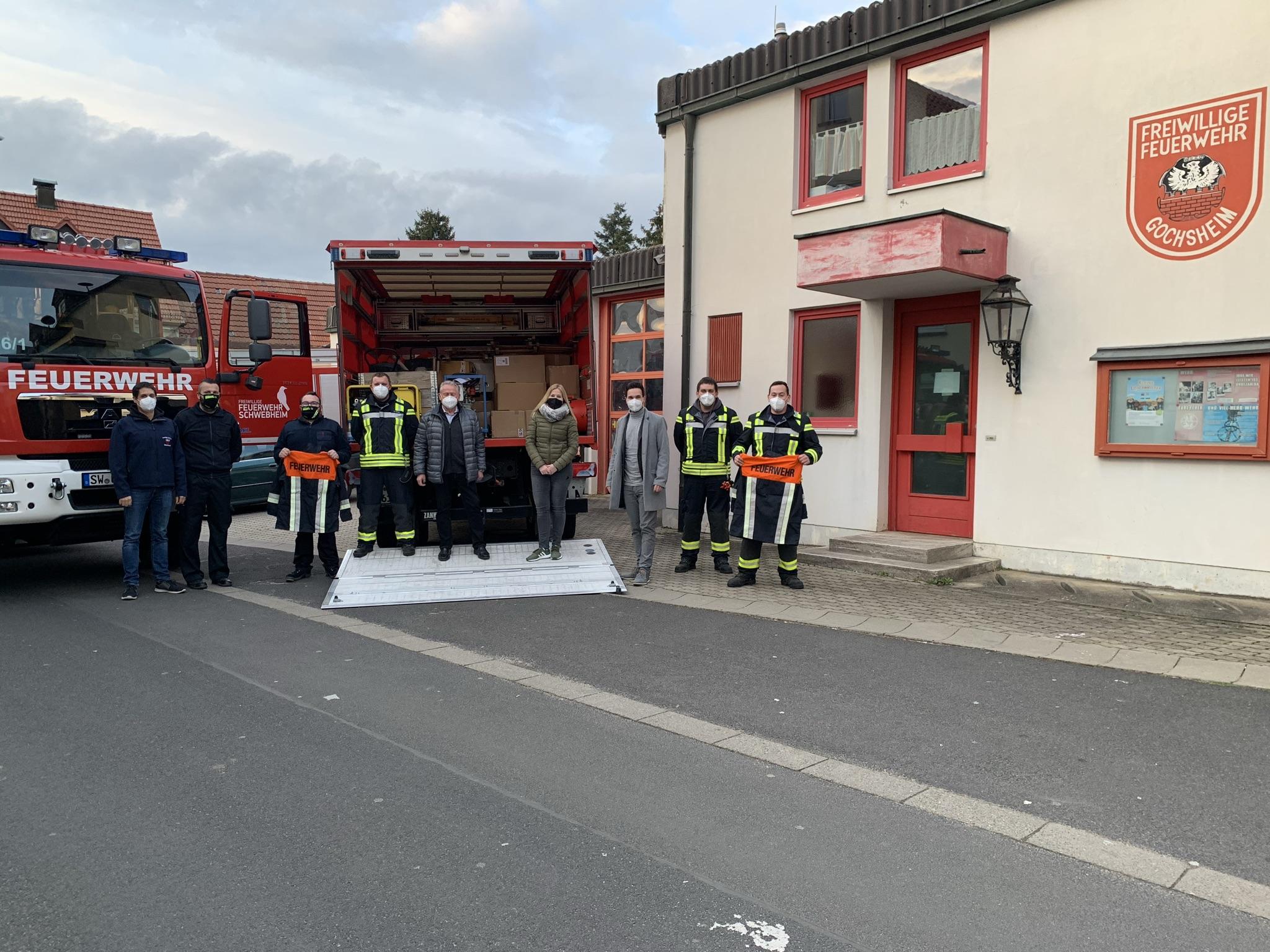 Gemeinsame Spende an die Deutsche Feuerwehrhilfe e.V.